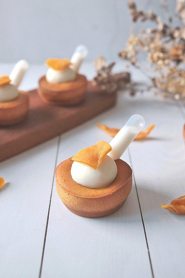 Mango Sticky Rice Mochi Cupcake