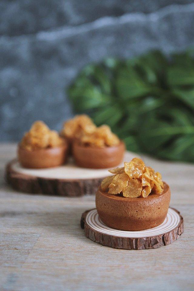 Honey Butter Cornflake Mochi Muffin