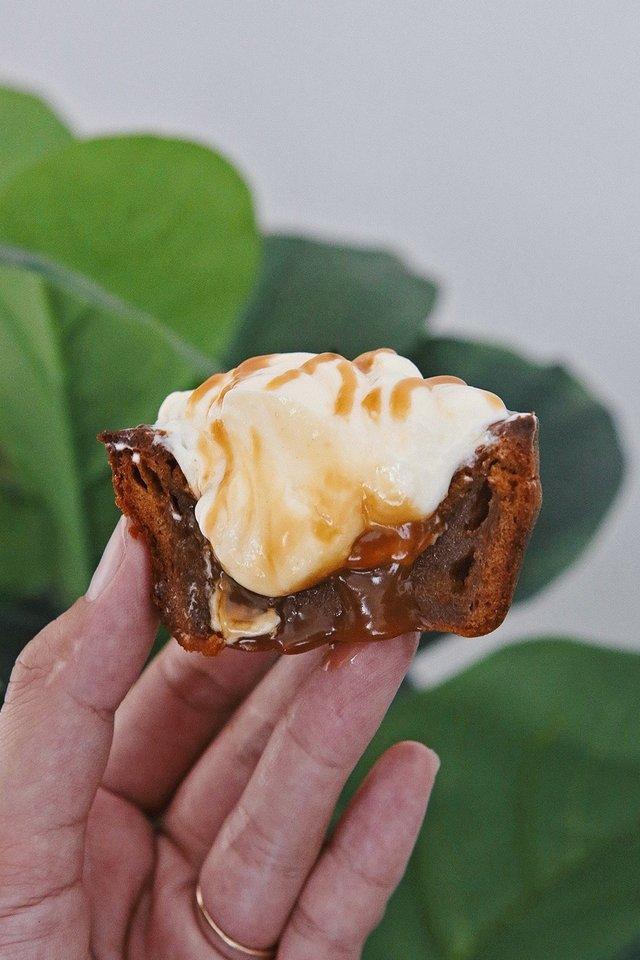Salted Caramel Mochi Cupcake